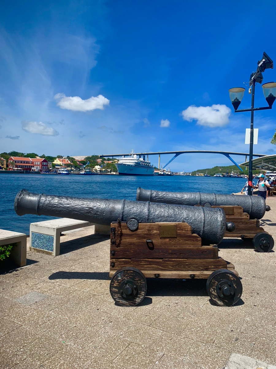Canons Curacao