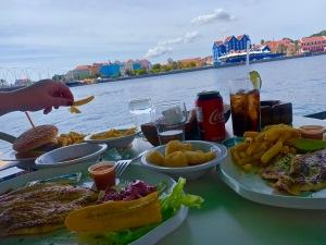 Iguana cafe lunch