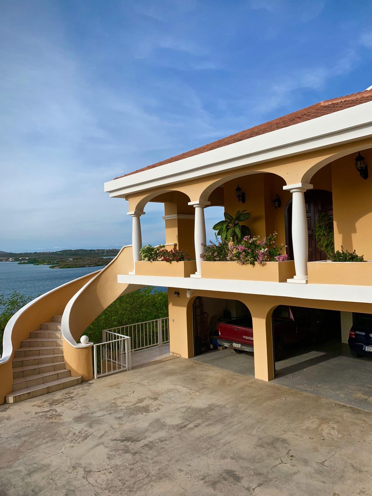Curacao Mansion