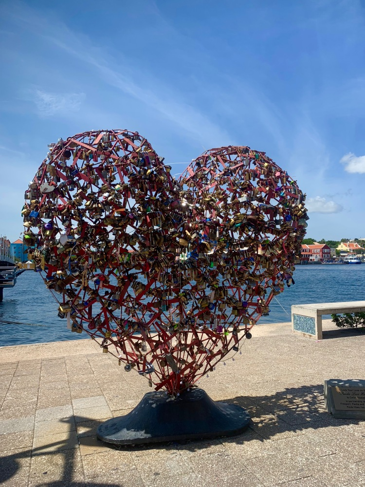 Heart Lock Curacao